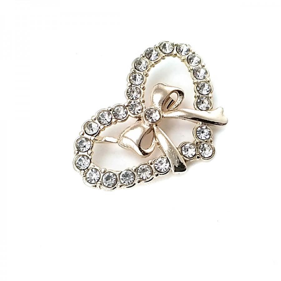 Taşlı Şık Altın Renk Kalp Şekil Metal Broş BRS0011