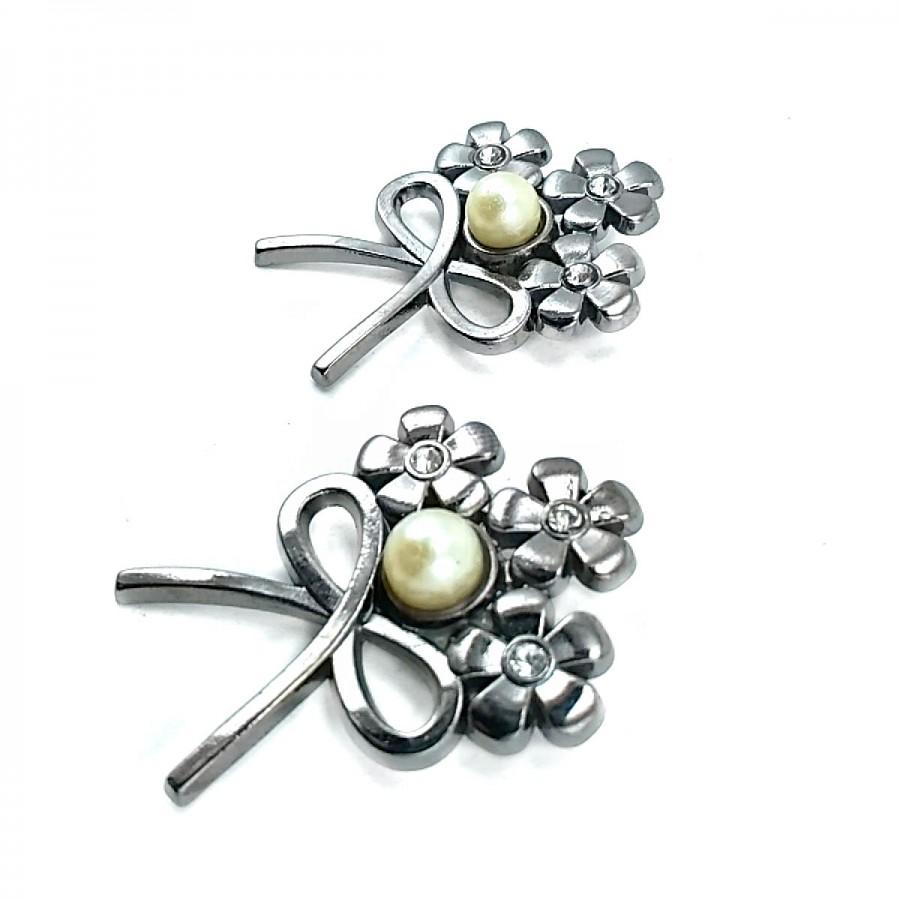 Çiçek Demeti  Fiyonk Tipi Gümüş Renk Broş BRS0020