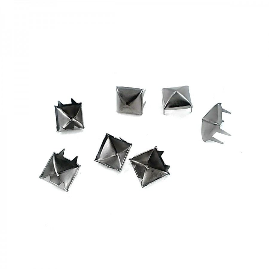 Piramit Saç 8 mm Trok ( 4 Bacaklı )  TR0018